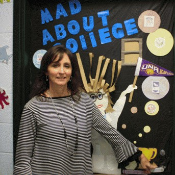 RHS teacher earns recognition from UNA